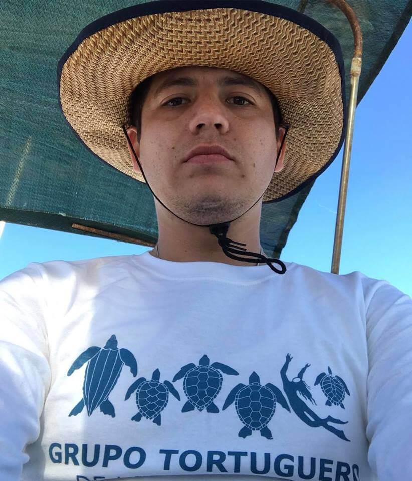 Remmy valenzuela al rescate del planeta 97 9 la raza for Noticias dela farandula argentina